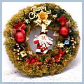 """Claus and Gifts Christmas Wreath Home Decoration Golden CA-62 16"""" W01210"""